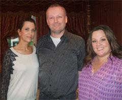 Hahn im Korb: Unser Redakteur Volker Robrahn mit Kristen Wiig und Melissa McCarthy beim Interview